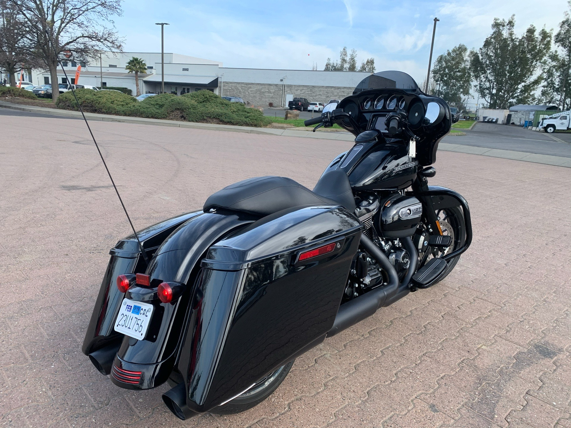 2018 Harley-Davidson Street Glide® Special in Vacaville, California - Photo 7