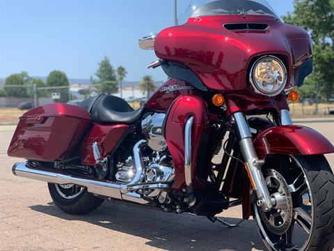 2016 Harley-Davidson Street Glide® Special in Vacaville, California - Photo 13