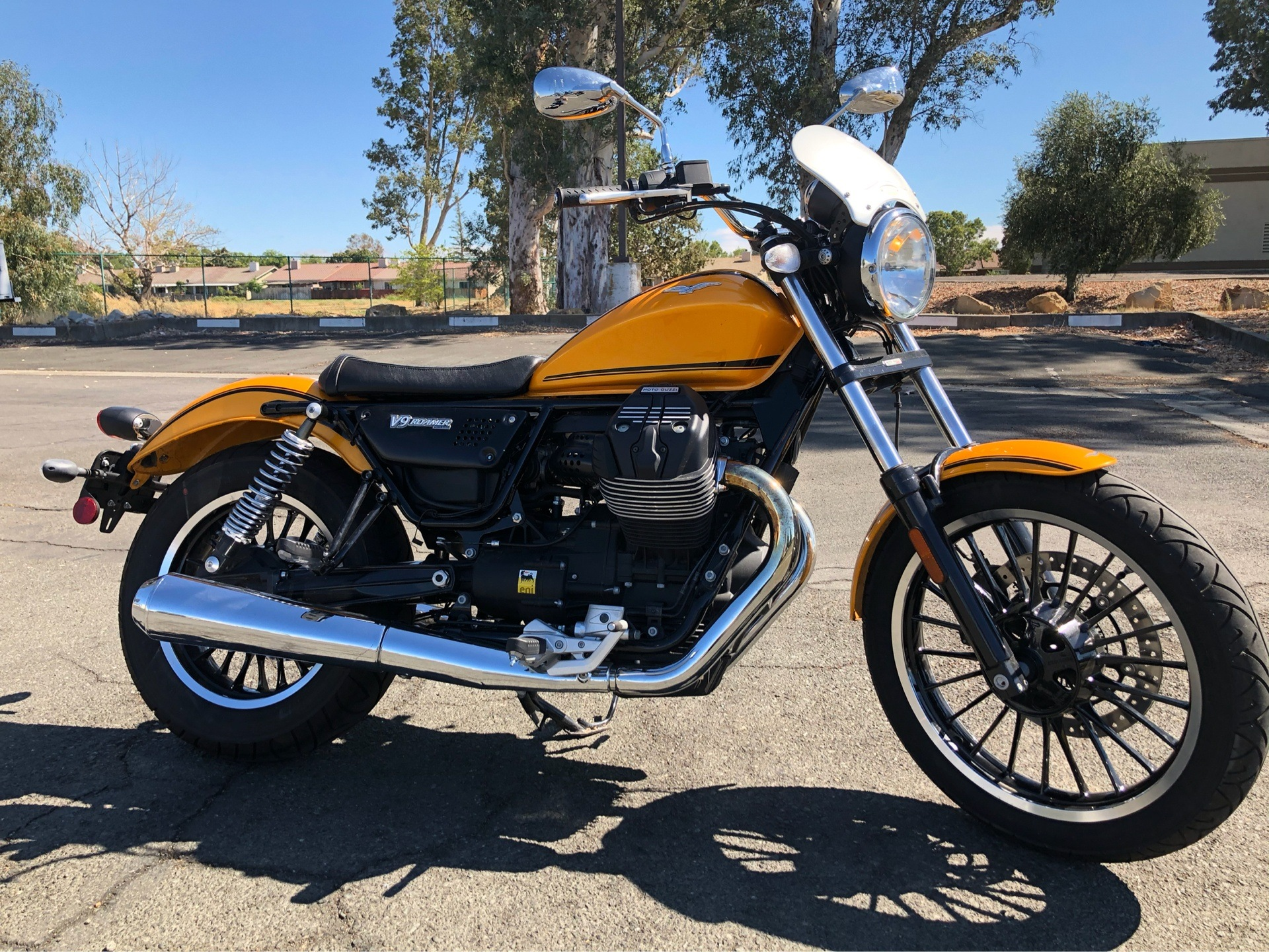 2017 Moto Guzzi V9 Roamer in Vacaville, California - Photo 1