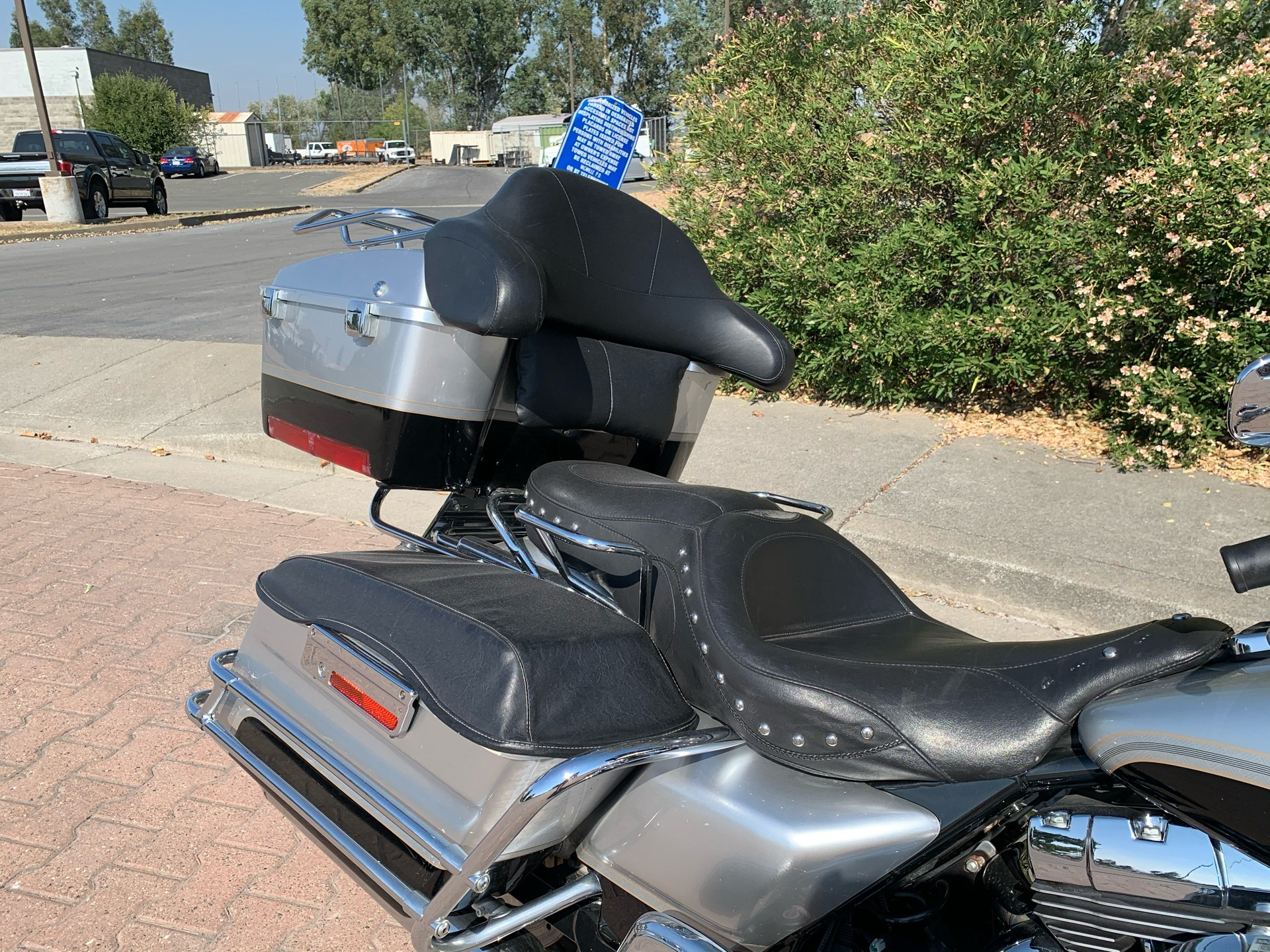 2003 Harley-Davidson FLHTC/FLHTCI Electra Glide® Classic in Vacaville, California - Photo 10
