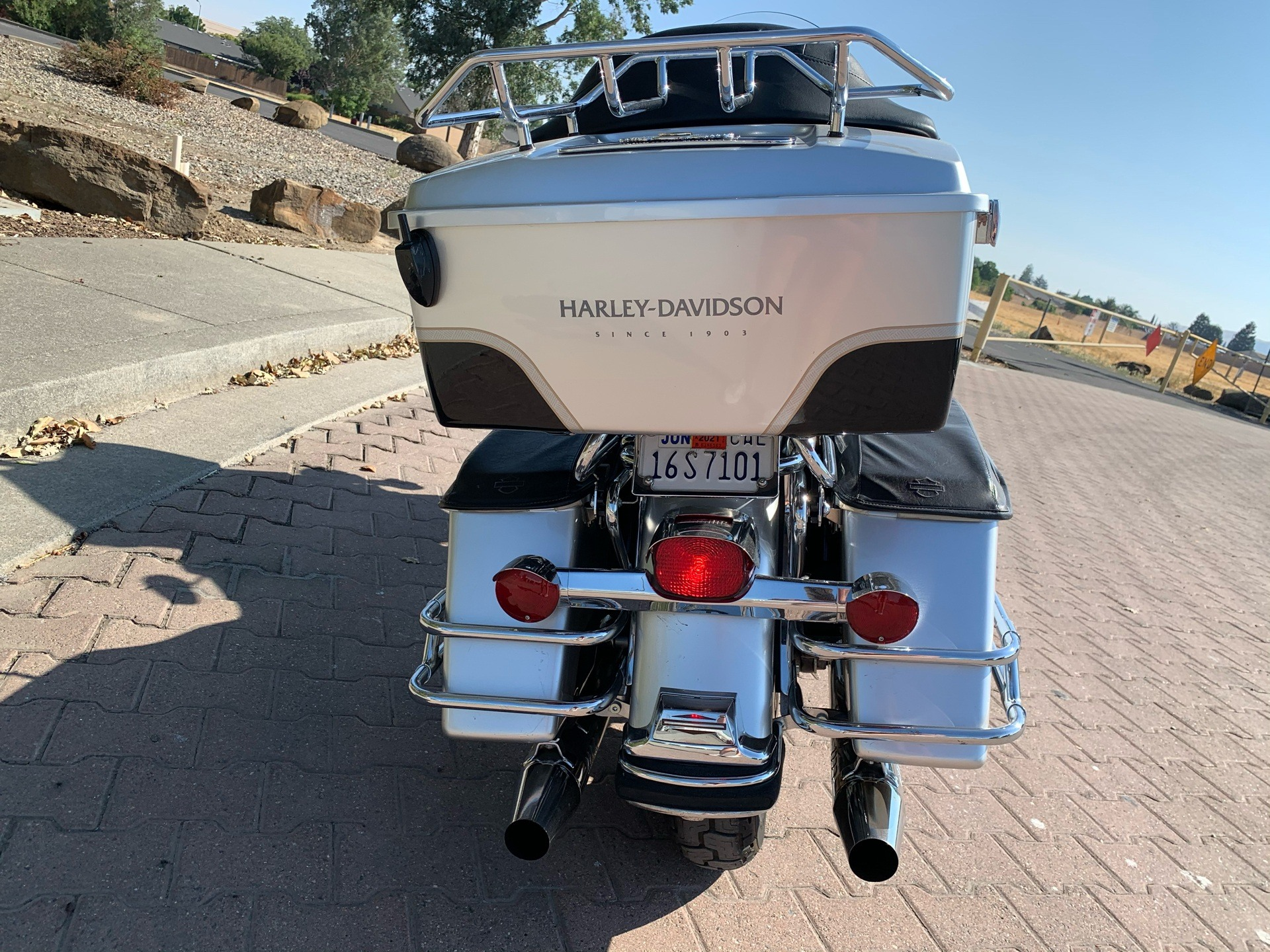 2003 Harley-Davidson FLHTC/FLHTCI Electra Glide® Classic in Vacaville, California - Photo 12