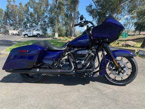 2020 Harley-Davidson Road Glide® Special in Vacaville, California - Photo 2