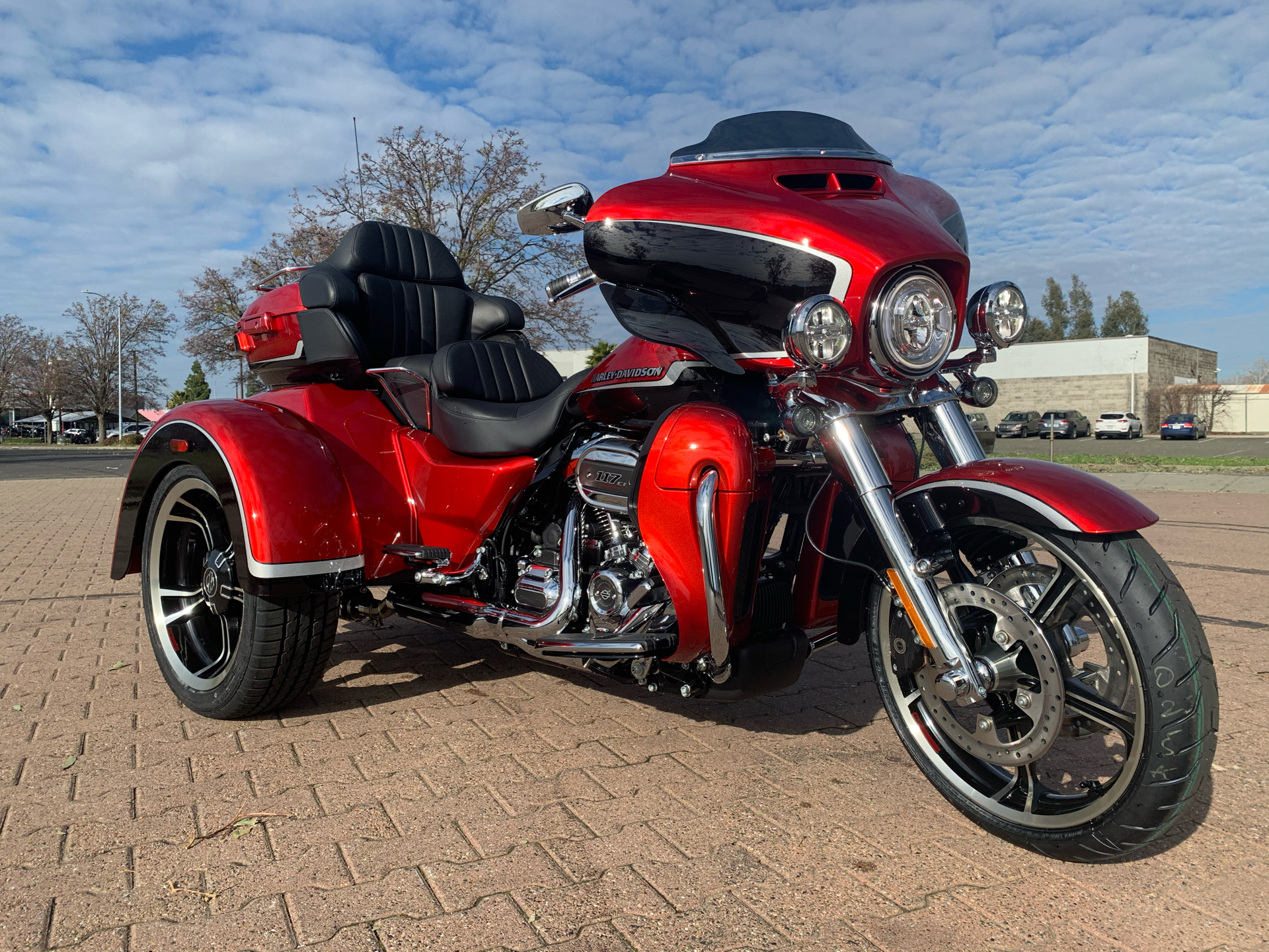 2021 Harley-Davidson CVO™ Tri Glide® in Vacaville, California - Photo 1