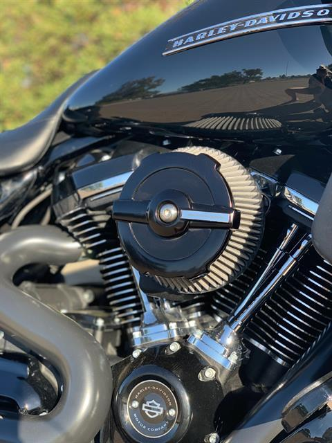 2018 Harley-Davidson Road Glide® Special in Vacaville, California - Photo 11