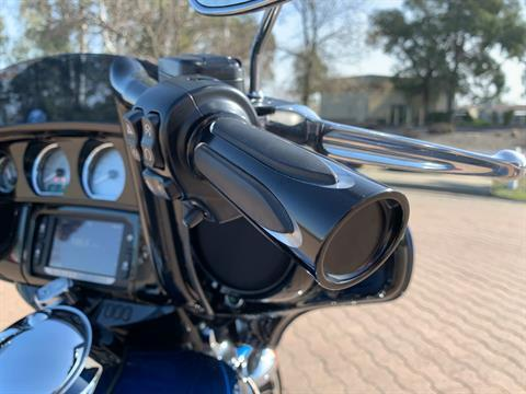 2018 Harley-Davidson 115th Anniversary Street Glide® in Vacaville, California - Photo 12