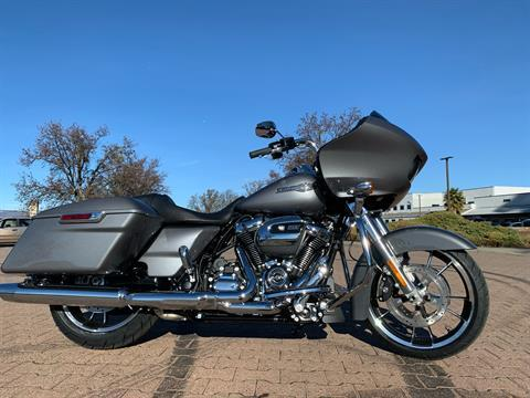 2021 Harley-Davidson Road Glide in Vacaville, California - Photo 2