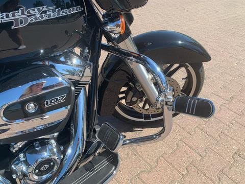 2017 Harley-Davidson Street Glide® Special in Vacaville, California - Photo 6
