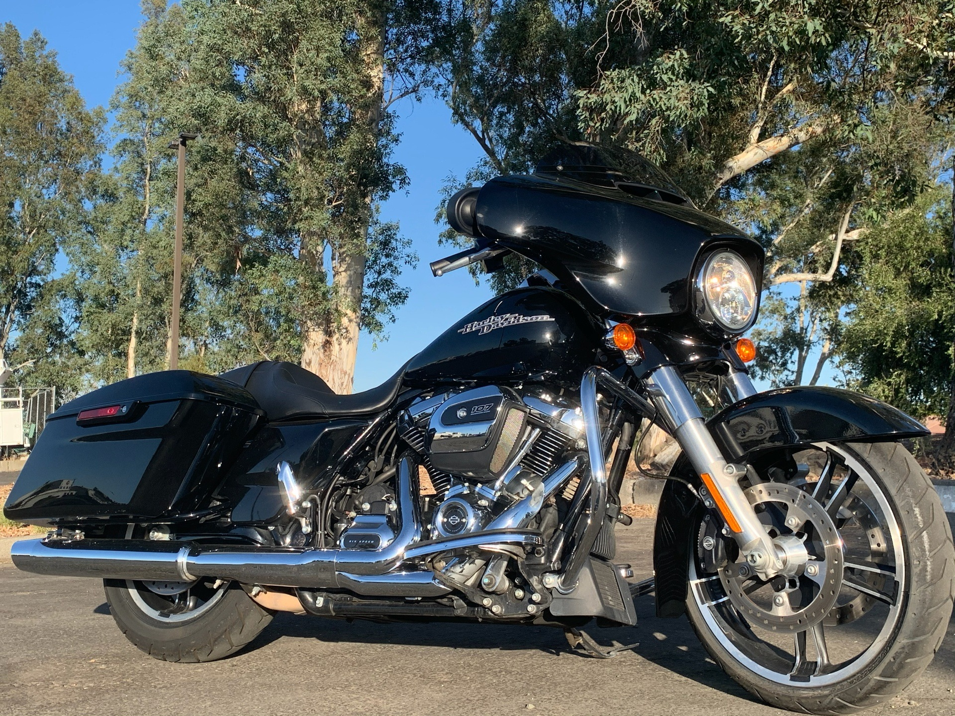 2017 Harley-Davidson Street Glide® Special in Vacaville, California - Photo 1