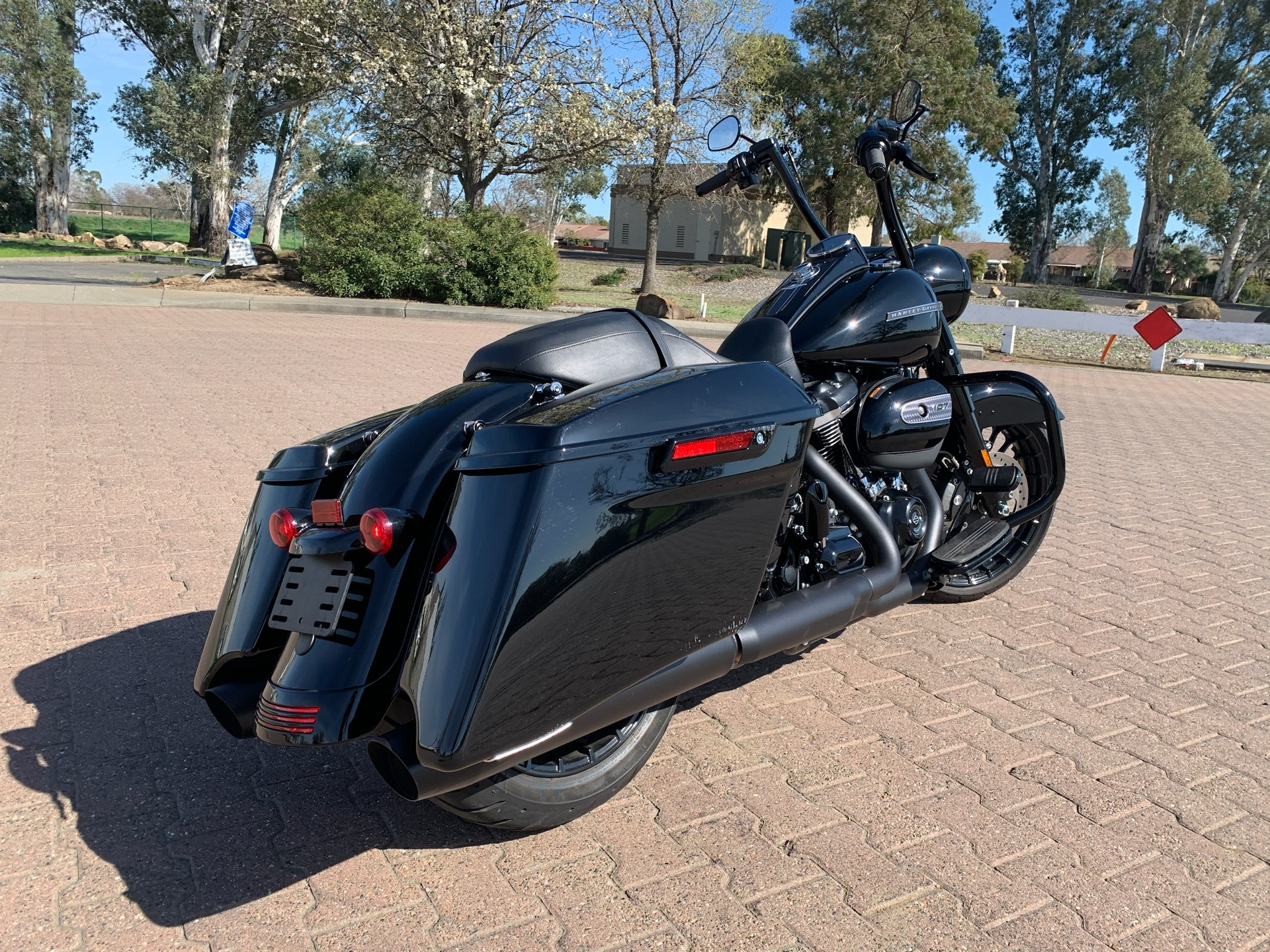 2018 Harley-Davidson Road King® Special in Vacaville, California - Photo 2