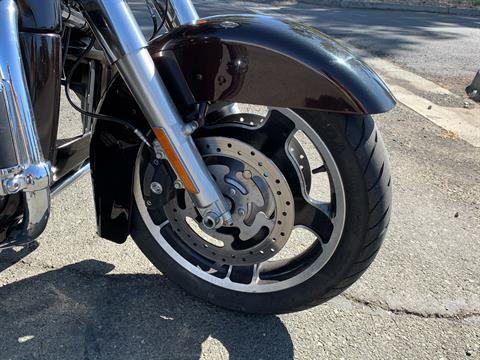2011 Harley-Davidson Street Glide® in Vacaville, California - Photo 3