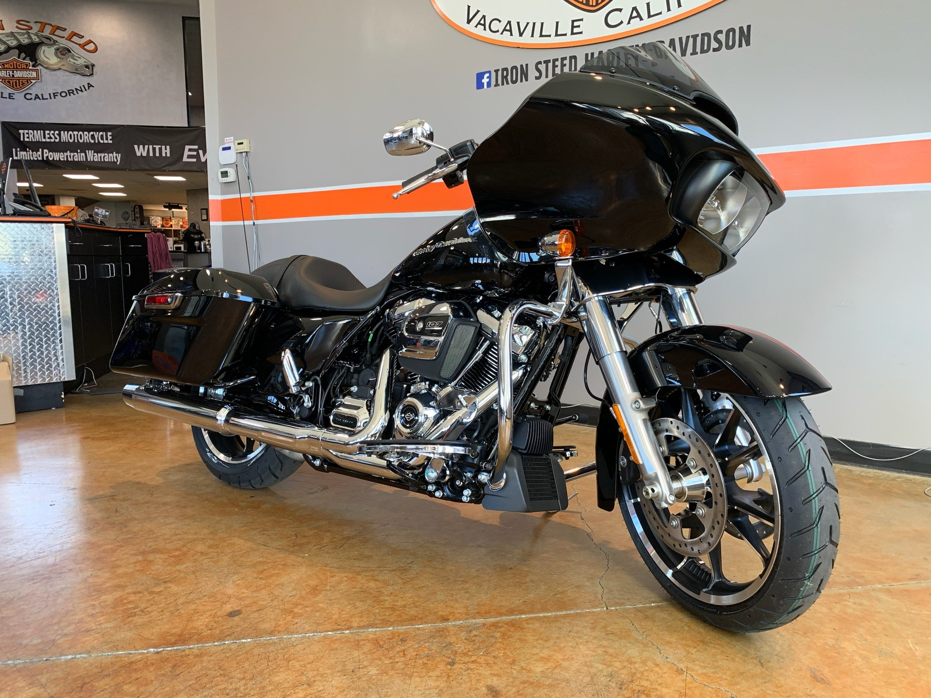 2020 Harley-Davidson Road Glide® in Vacaville, California - Photo 2