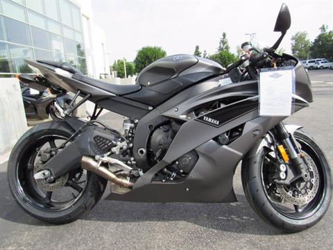 2016 Yamaha YZF-R6 in Irvine, California