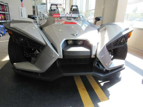 2016 Polaris Slingshot SL in Irvine, California