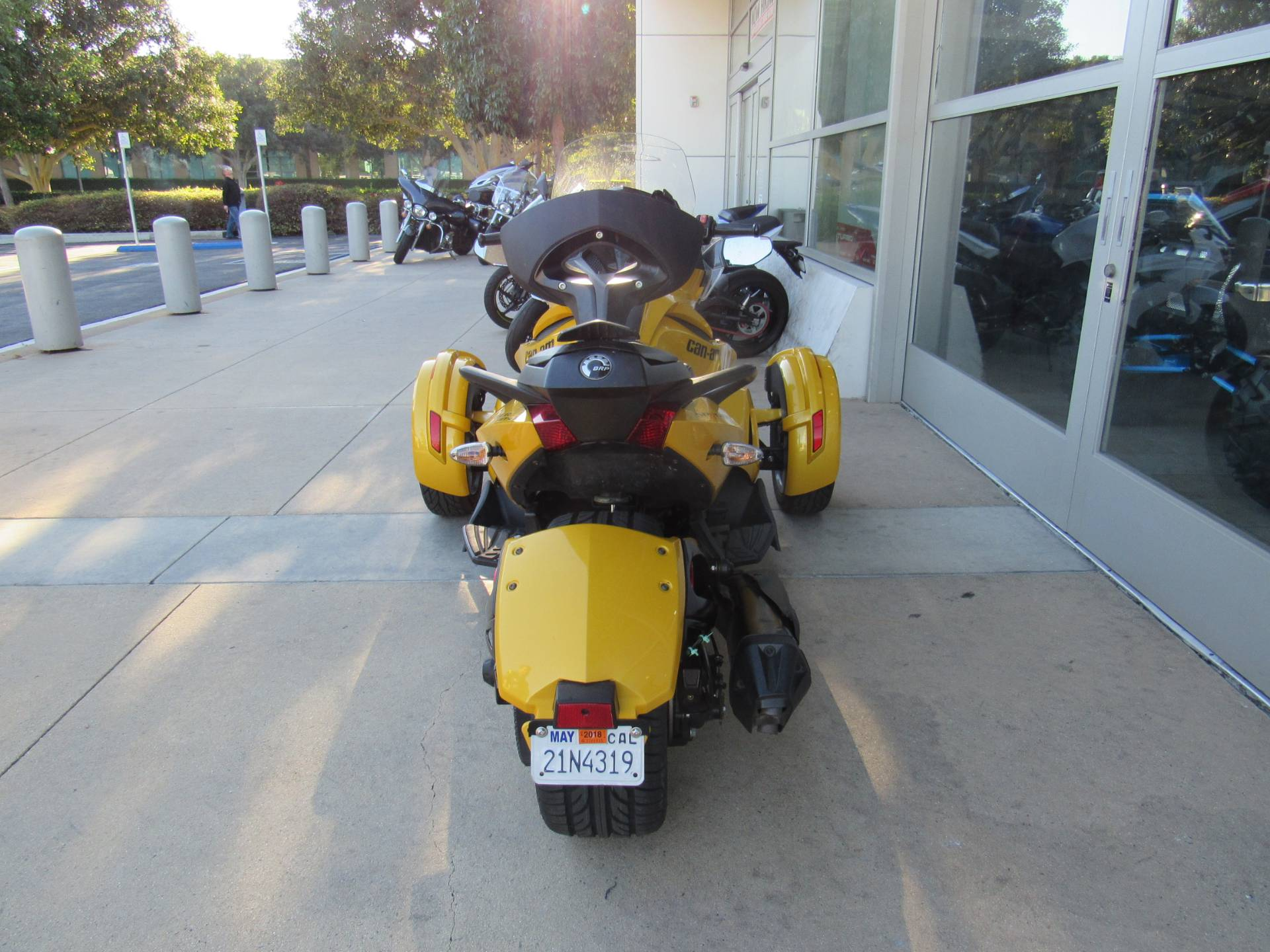 2013 Can-Am™ Spyder ST-S SE5 3
