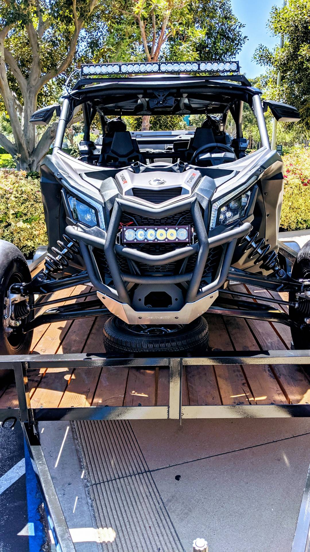 2018 Can-Am™ Maverick X3 Max X rs Turbo R 8