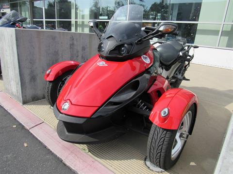 2010 Can-Am Spyder™ RS SE5 in Irvine, California