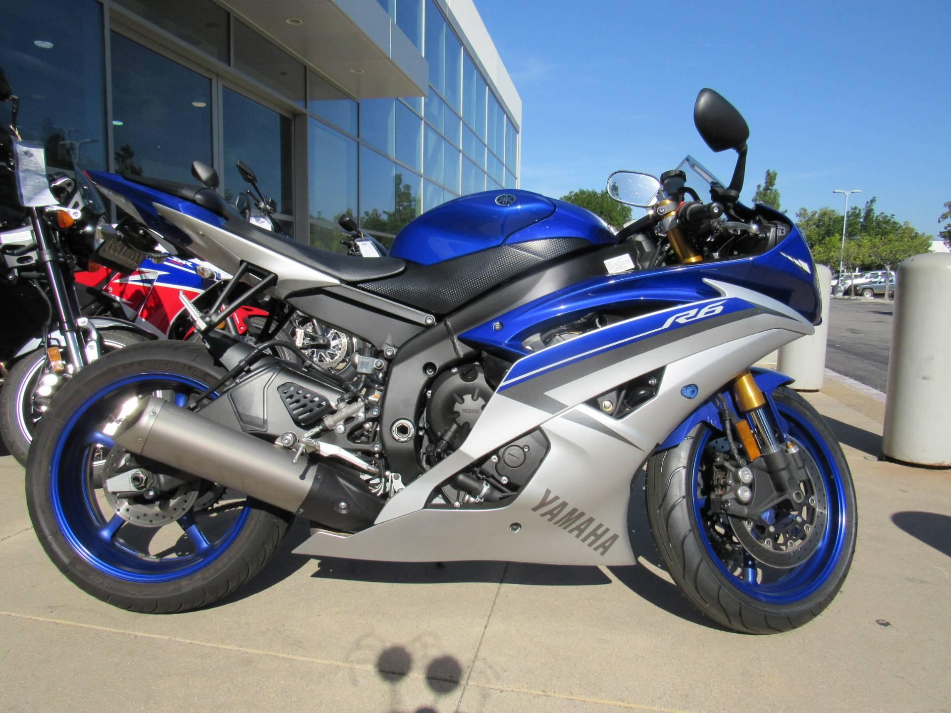2015 Yamaha YZF-R6 4