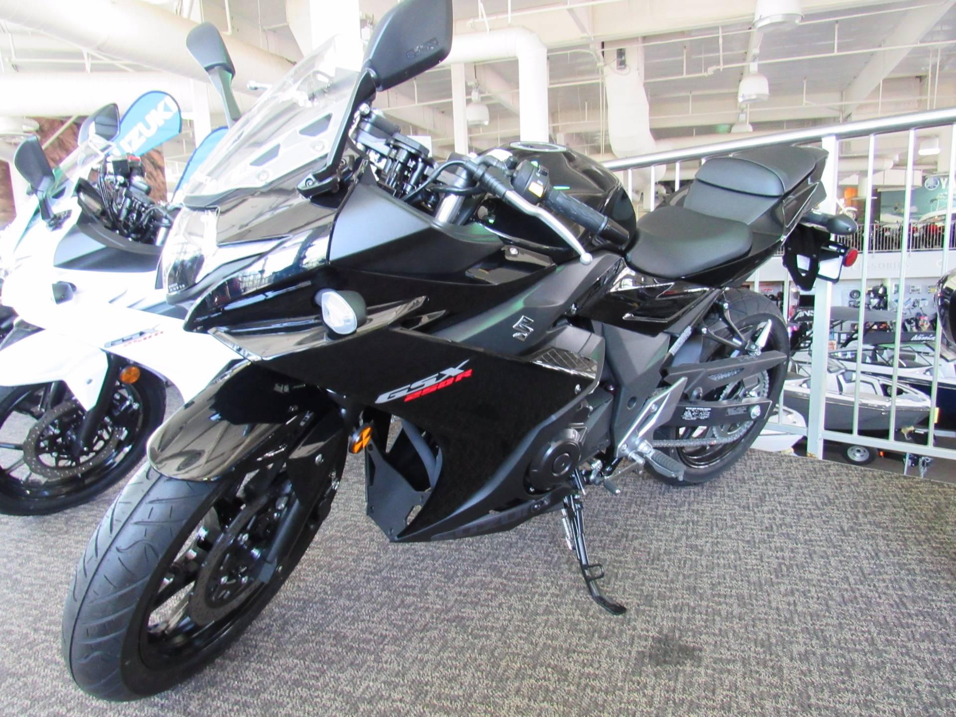 New 2018 Suzuki Gsx250r Motorcycles In Irvine Ca Stock