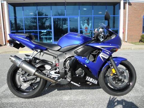 2009 Yamaha YZFR6S in Derry, New Hampshire
