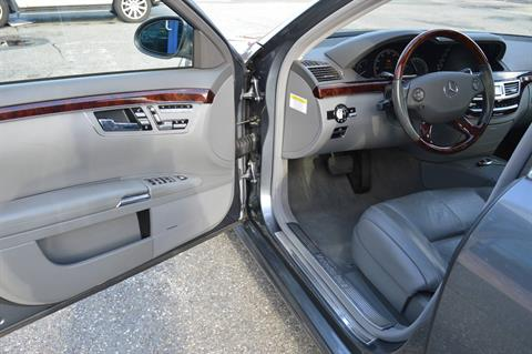 2007 Mercedes-Benz S550 4MATIC in Derry, New Hampshire - Photo 6