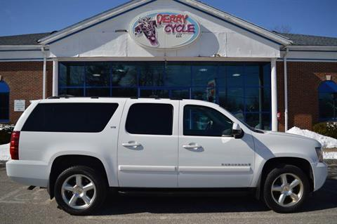 2008 Chevrolet SUBURBAN in Derry, New Hampshire