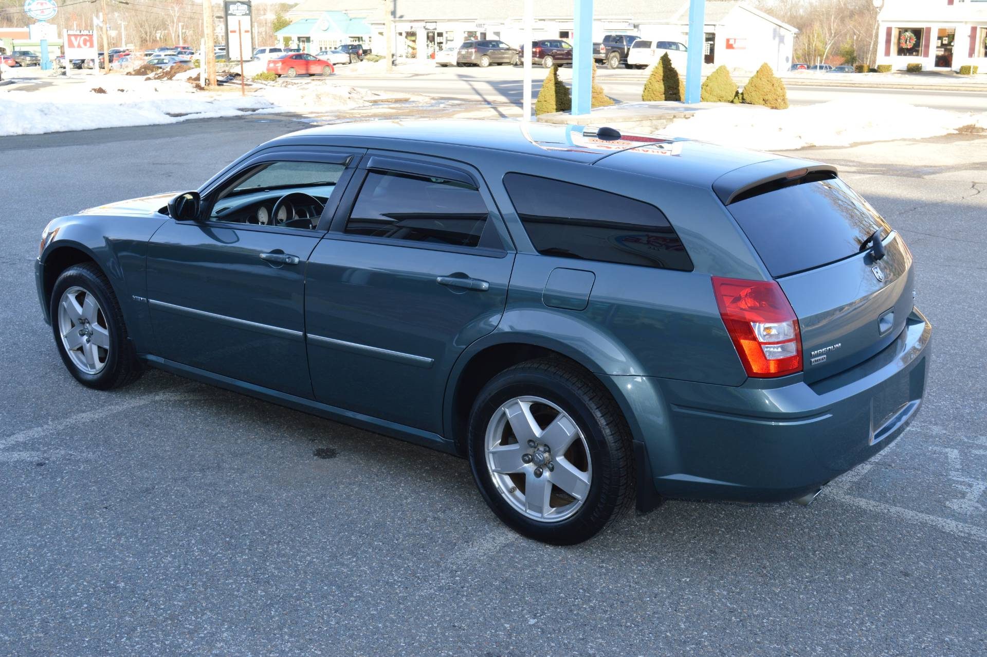 2006 Dodge MAGNUM R/T AWD in Derry, New Hampshire - Photo 3