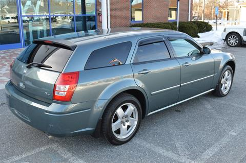 2006 Dodge MAGNUM R/T AWD in Derry, New Hampshire - Photo 5