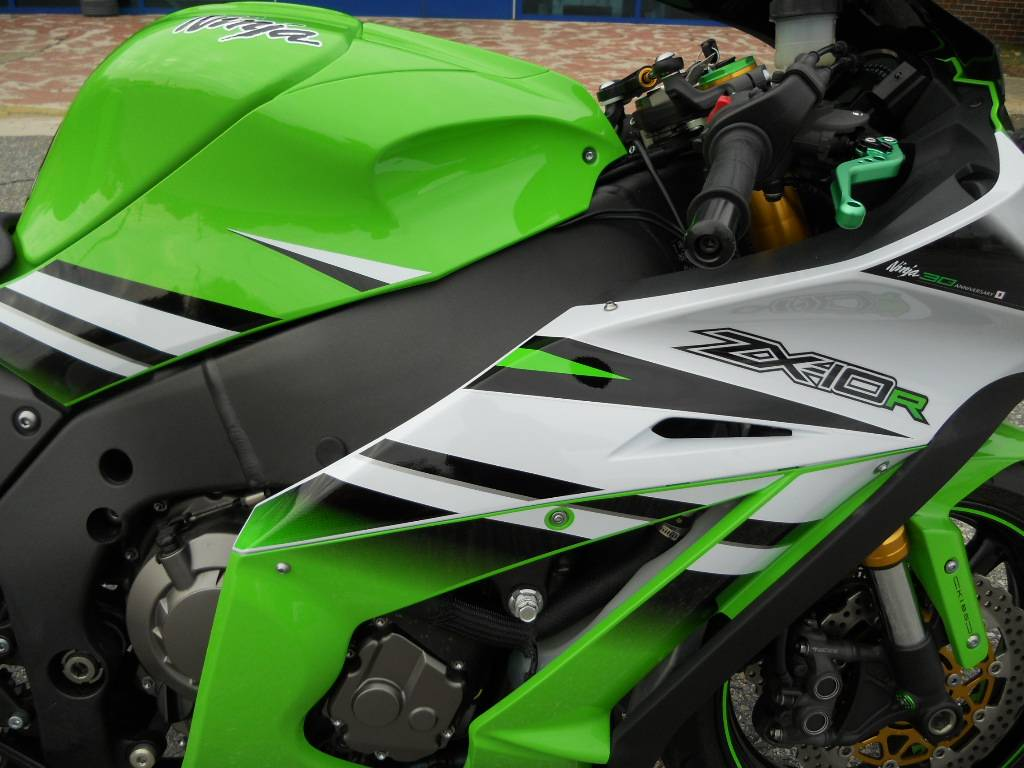 2015 Kawasaki Ninja® ZX™-10R ABS 30th Anniversary in Derry, New Hampshire - Photo 3