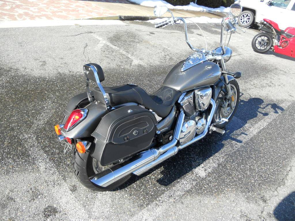 2005 Honda VTX1300 in Derry, New Hampshire