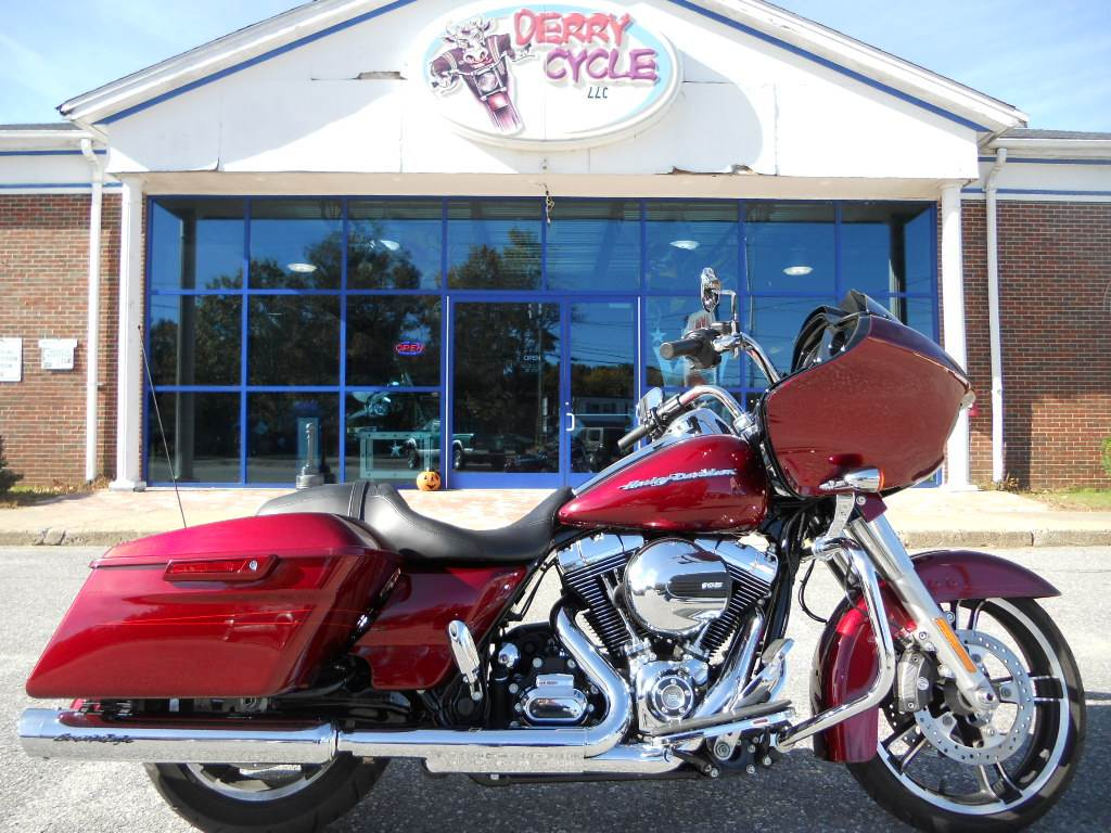 2016 Harley-Davidson Road Glide® Special in Derry, New Hampshire