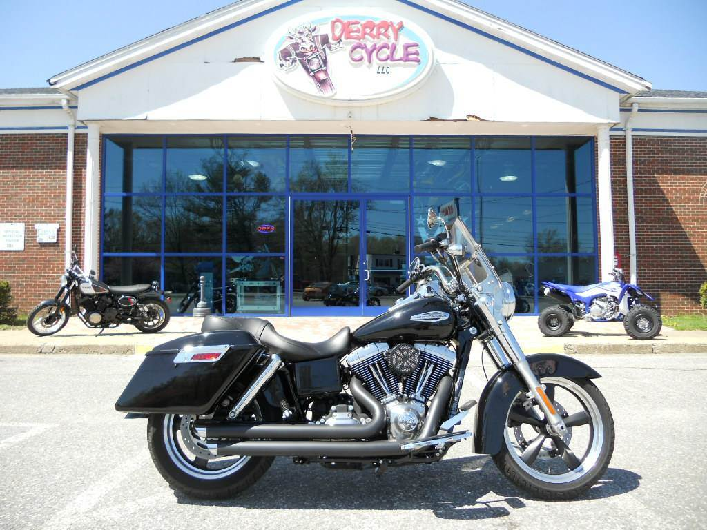 Used 2013 Harley-Davidson Dyna® Switchback™ Motorcycles in Derry, NH