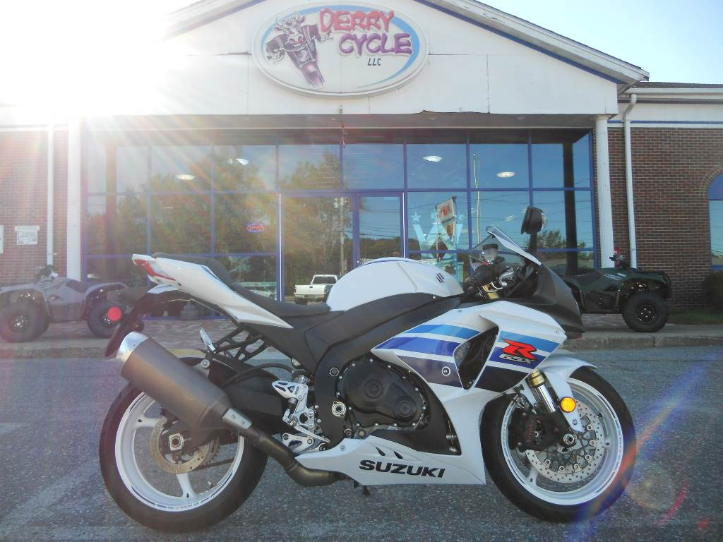 2013 Suzuki GSX-R1000™ 1 Million Commemorative Edition in Derry, New Hampshire