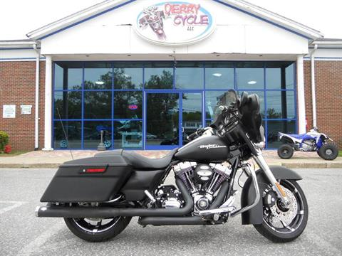 2010 Harley-Davidson Street Glide® in Derry, New Hampshire