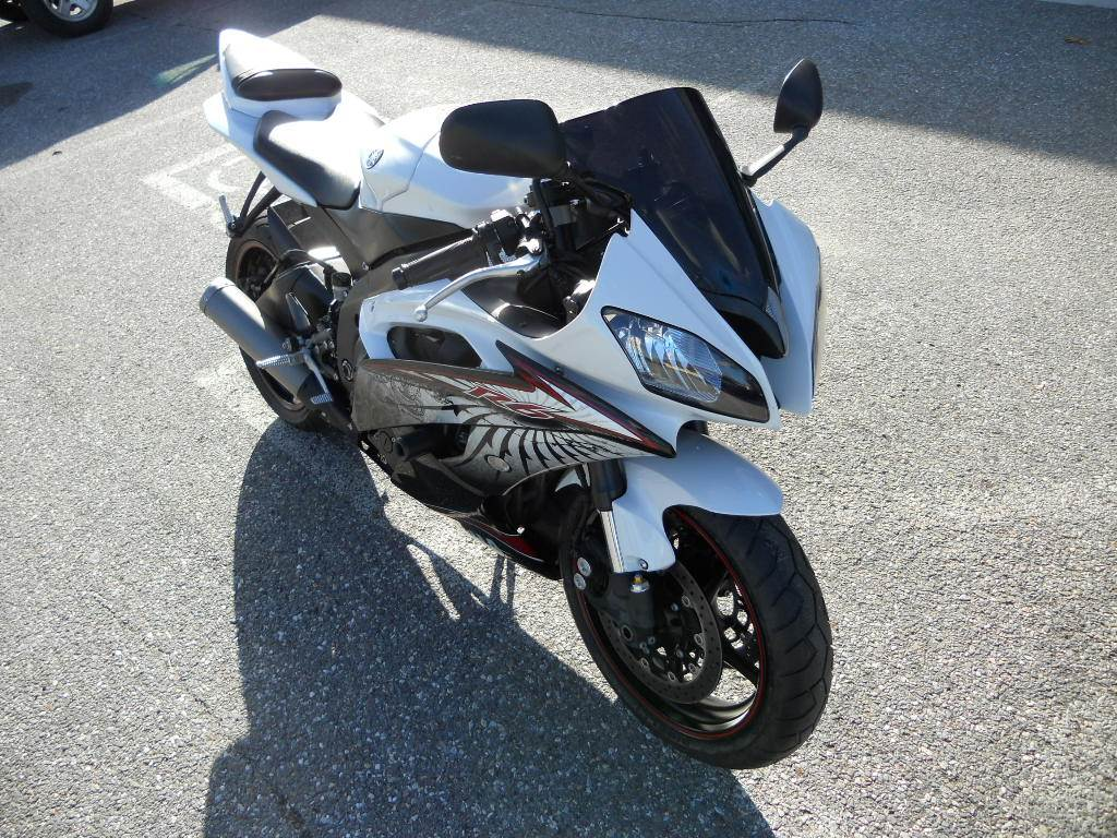 2012 Yamaha YZF-R6 in Derry, New Hampshire