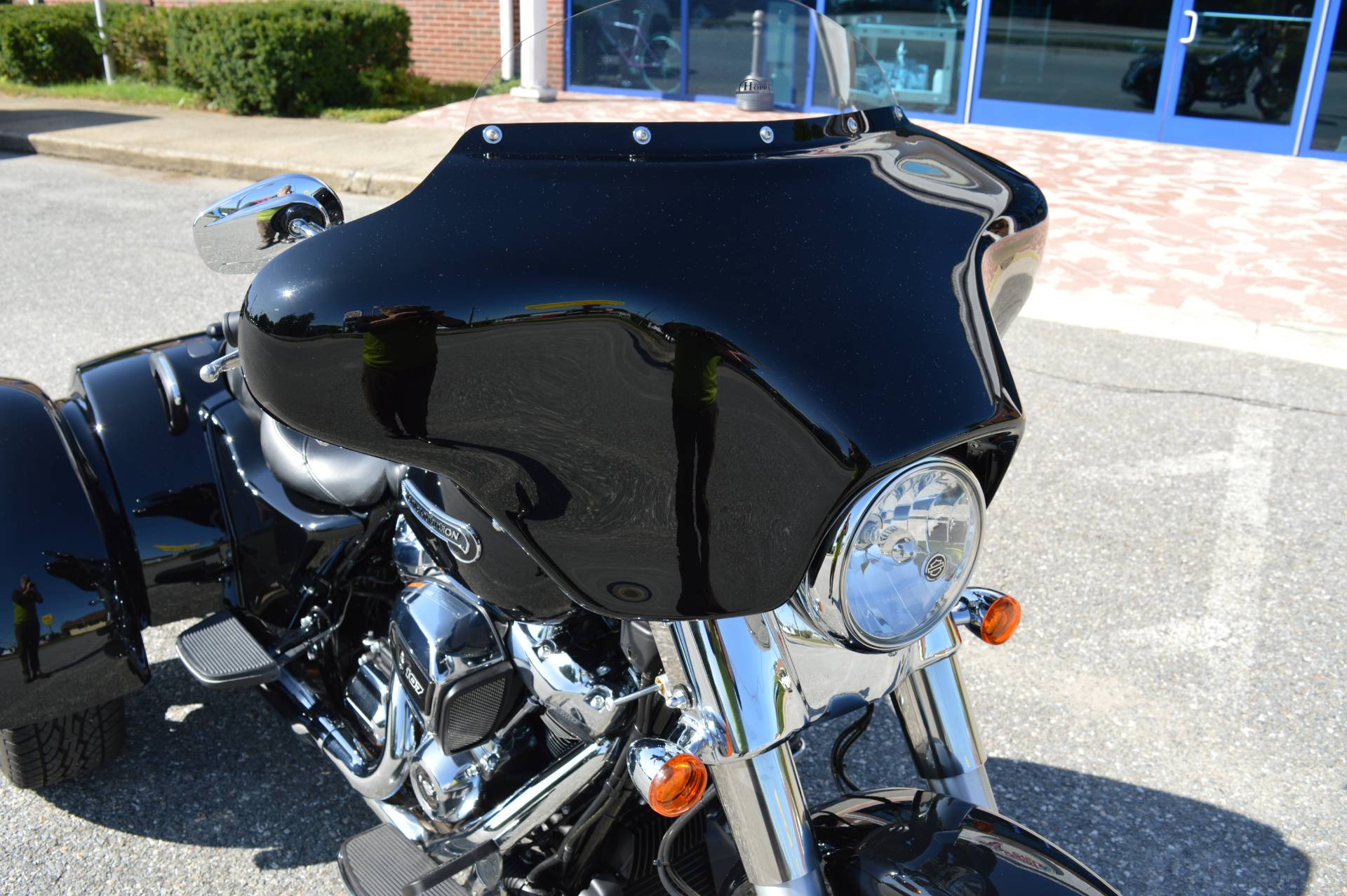 2017 Harley-Davidson Freewheeler in Derry, New Hampshire - Photo 6