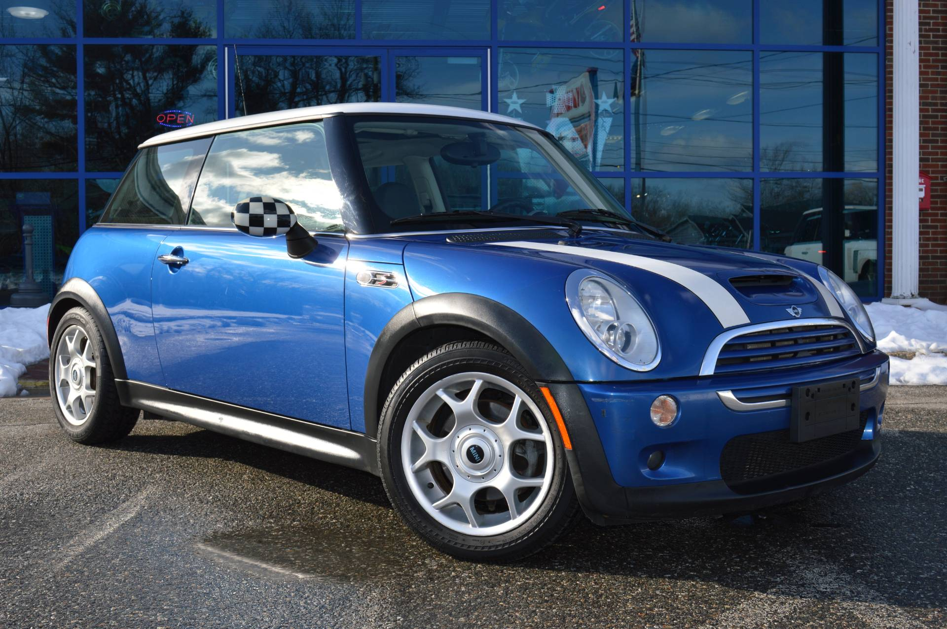 2005 Mini Mini Cooper S in Derry, New Hampshire - Photo 5