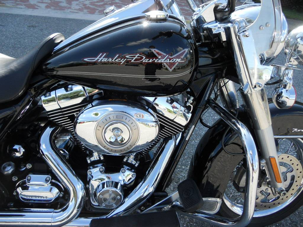 2010 Harley-Davidson Road King® in Derry, New Hampshire - Photo 3