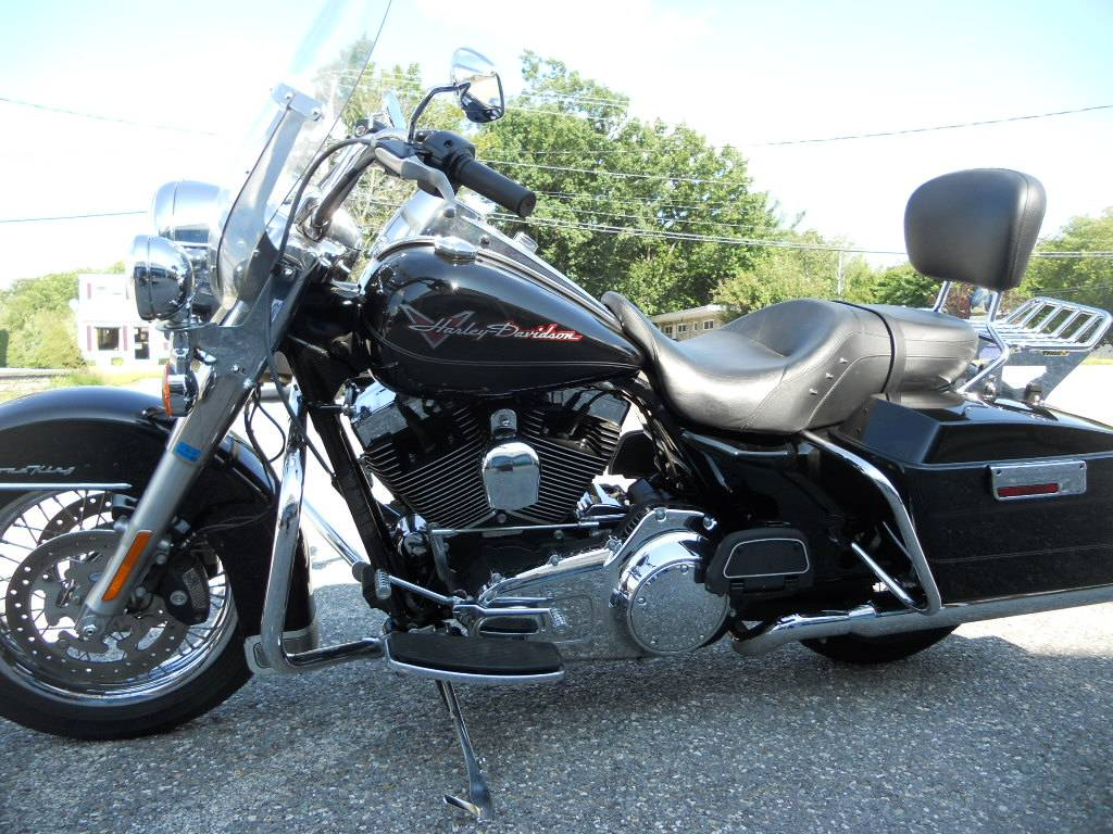 2010 Harley-Davidson Road King® in Derry, New Hampshire - Photo 5