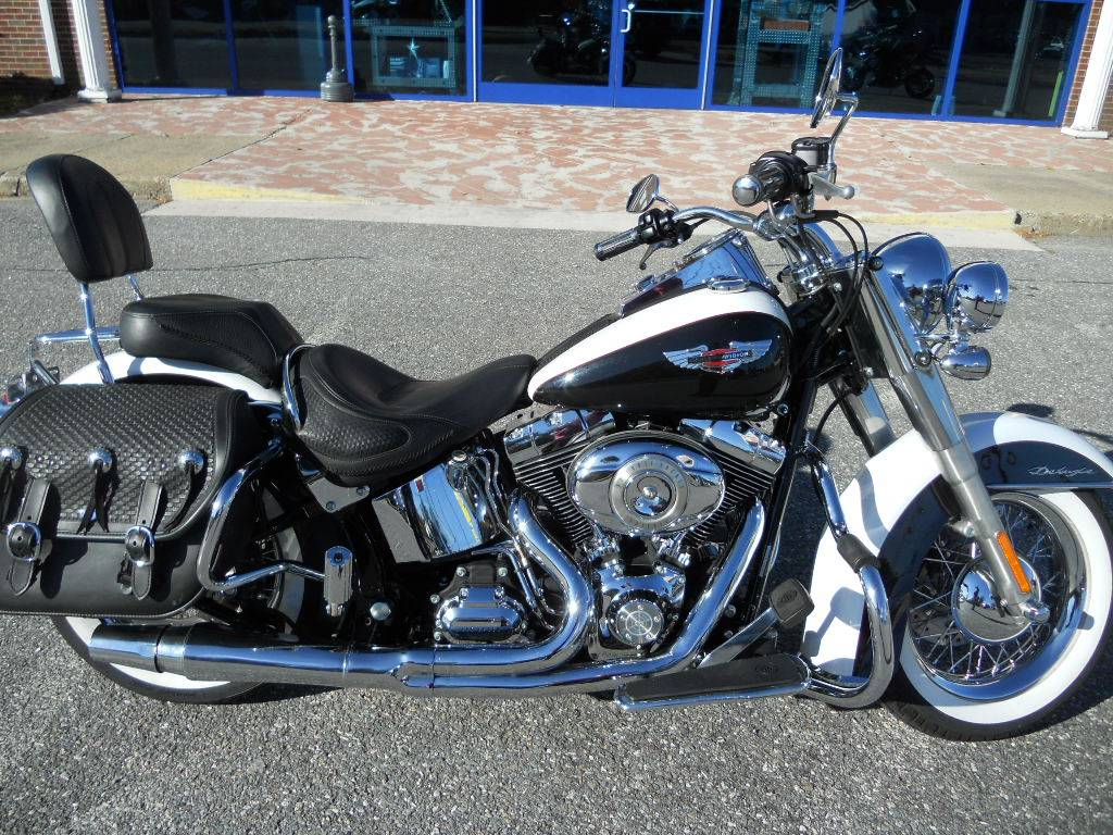 2007 Harley-Davidson Softail® Deluxe in Derry, New Hampshire - Photo 2