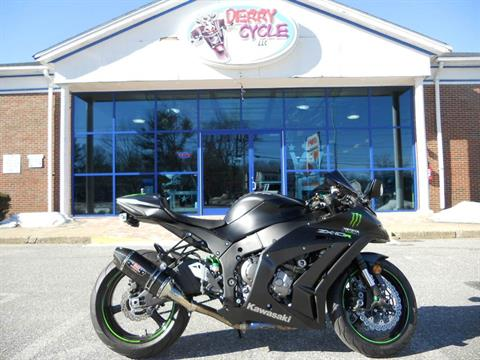 2015 Kawasaki Ninja® ZX™-10R in Derry, New Hampshire