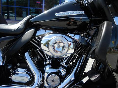 2011 Harley-Davidson Electra Glide® Ultra Limited in Derry, New Hampshire - Photo 3