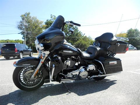 2011 Harley-Davidson Electra Glide® Ultra Limited in Derry, New Hampshire - Photo 6