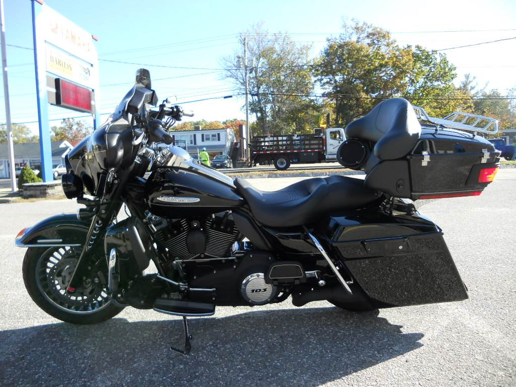 2011 Harley-Davidson Electra Glide® Ultra Limited in Derry, New Hampshire