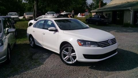 2014 Volkswagen Passat SE in Harmony, Pennsylvania