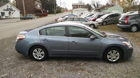 2010 Nissan Altima 2.5 SL in Harmony, Pennsylvania