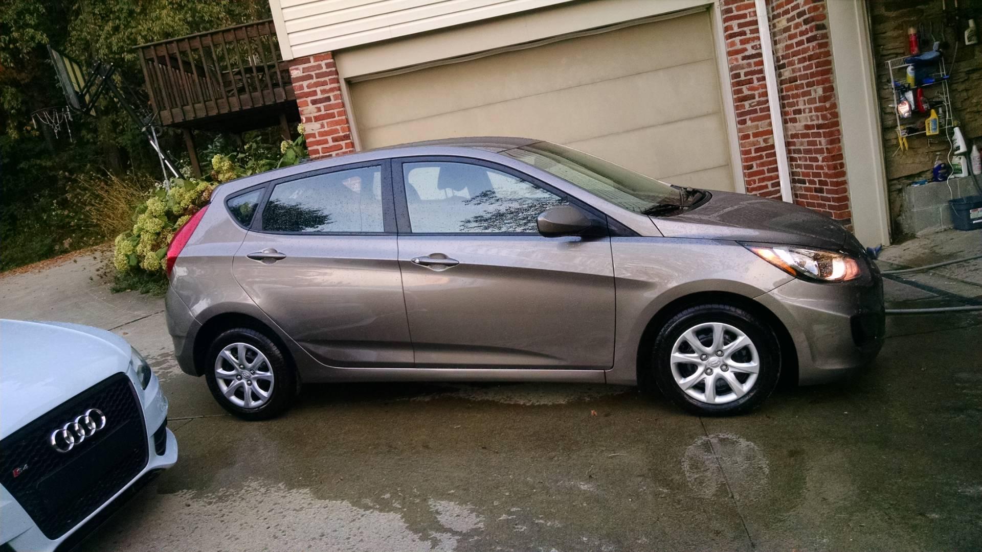 2012  Accent GLS Hatchback 1