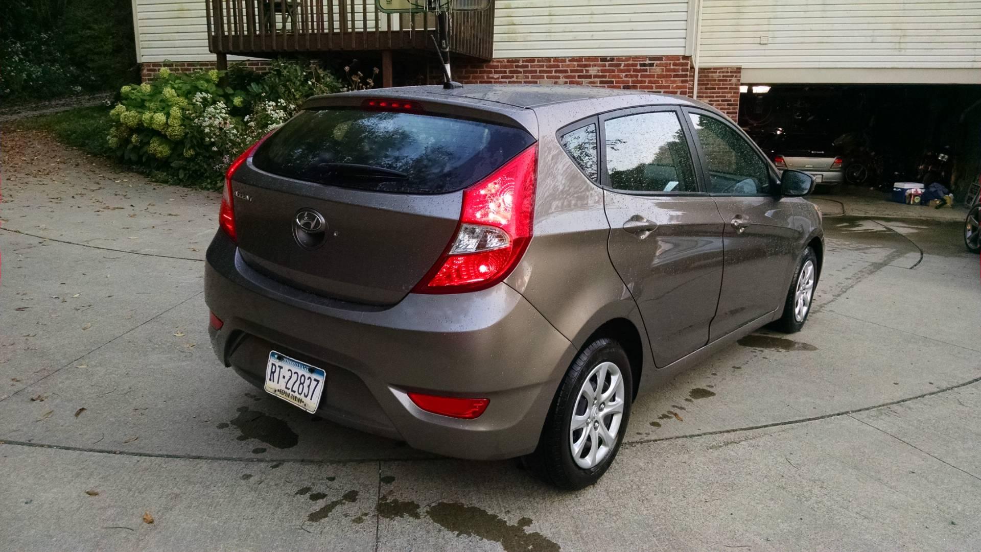 2012  Accent GLS Hatchback 6