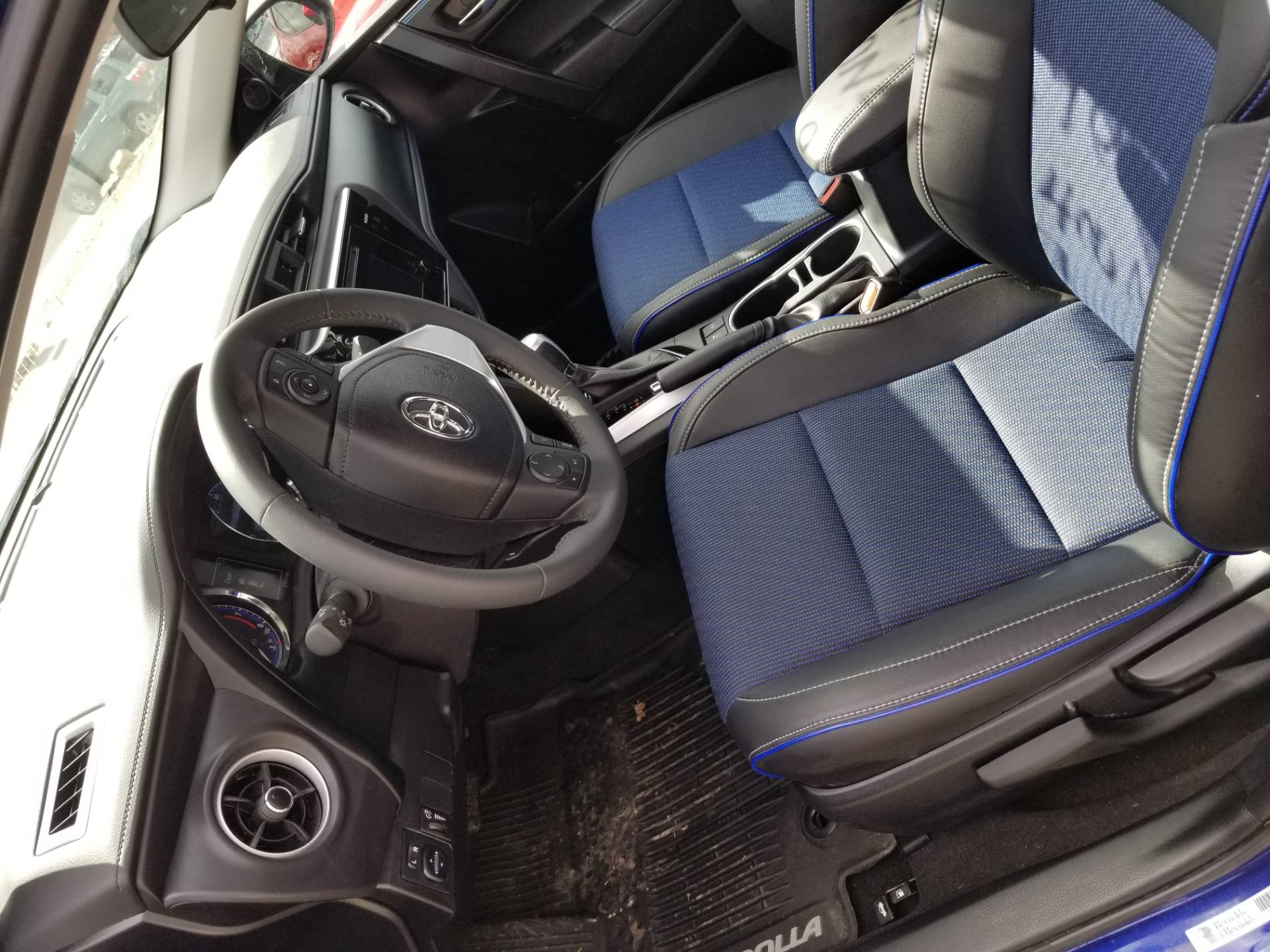 2017 Toyota Corrola SE only 400 miles in Harmony, Pennsylvania - Photo 10