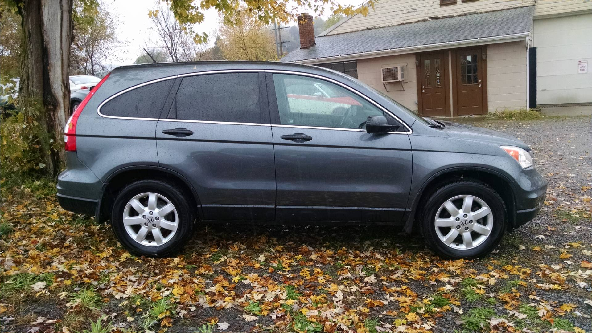 2011 Honda CRV in Harmony, Pennsylvania - Photo 2