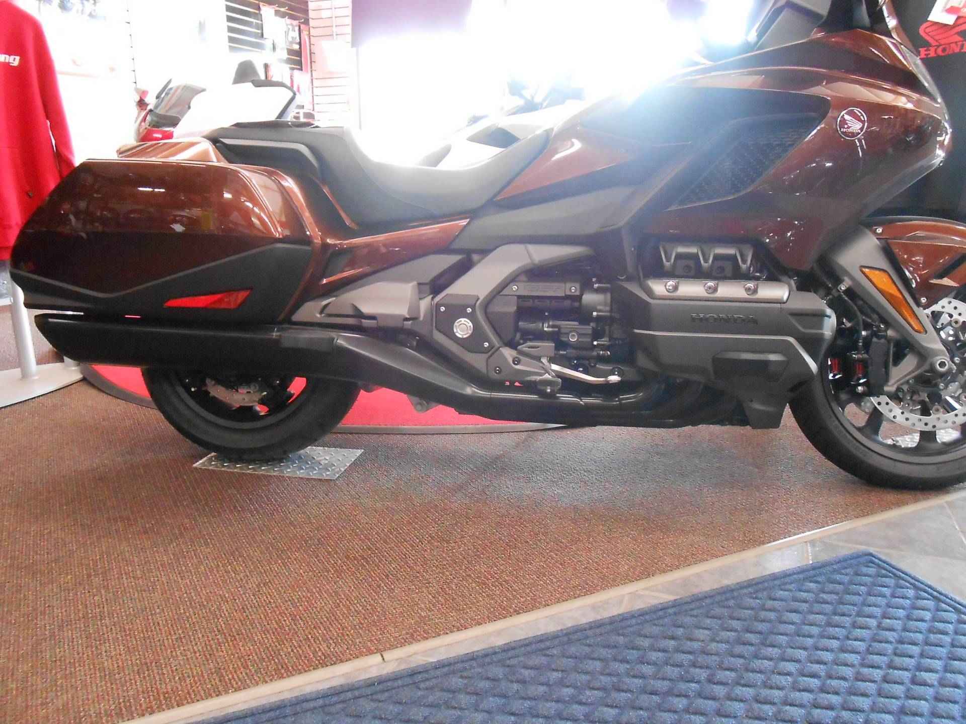 2018 Honda Gold Wing DCT in Rice Lake, Wisconsin - Photo 2